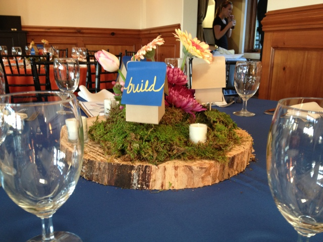 Centerpieces designed by Tera Beattie.